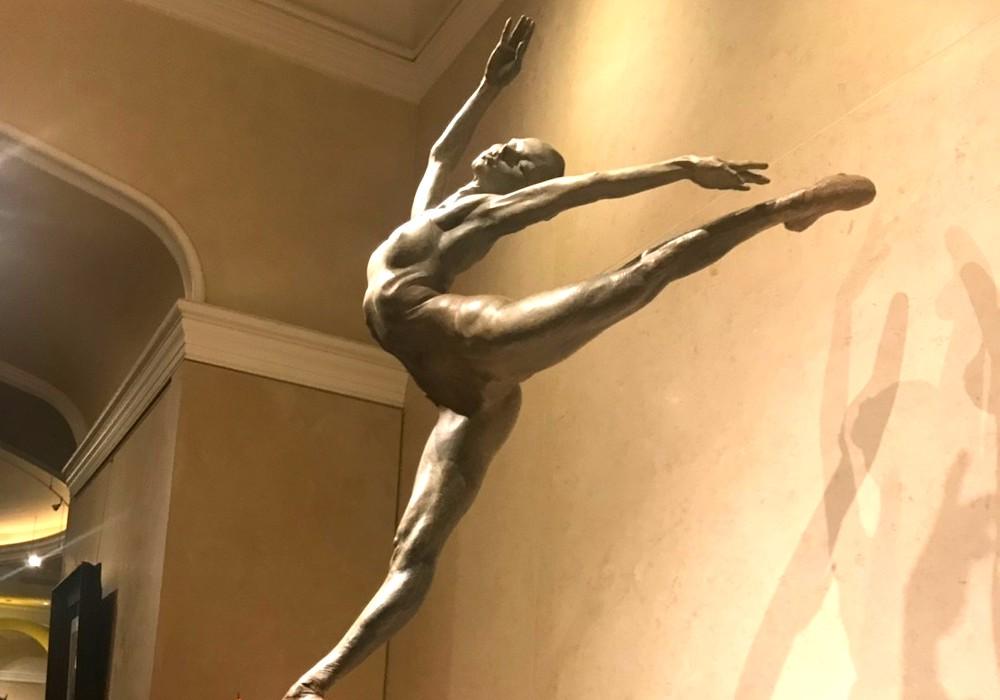 ベラージオホテルは専用劇場でシルク・ド・ソレイユが楽しめる