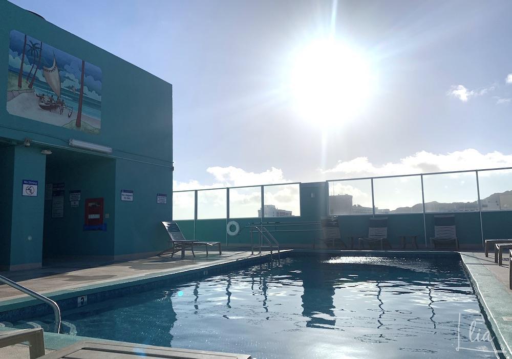 パシフィックモナーク(Aqua Pacific monarch)の屋上プール